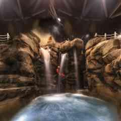 Vésubia Mountain Park - <p>Canyoning indoor, spéléologie, escalade, grimpe ludique, centre de remise en forme et de bien être, autant de raisons qui vous feront venir au <strong>Vésubia Mountain Park</strong>, le nouveau et l'unique complexe sportif indoor en Europe, à Saint-Martin-Vésubie (Alpes-Martimes 06)!</p> <p>Un espace sportif et de loisirs innovant et visionnaire, un espace ouvert à tous, qui réinvente et rend ludiques les sports de montagne et les sensations associées.</p> <p></p>