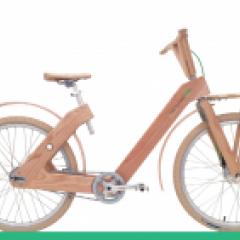 Vélo en bois femme 2 vitesses automatiques ou 7 vitesses manuelles - Un vélo (femme) de ville révolutionnaire qui s'adresse à tous, quelque soit votre corpulence. Son design ergonomique le rend confortable et facile à utiliser  Roue de 26 pouces Poids 17 kg Ensemble complet de garde-boue Porte-bagages avant et système d'éclairage intégré Cadre en bois massif frêne blanc Frein avant > Sturmey - Archer Frein arrière > Frein à rétropédalage (type adverse) Changement de vitesse > Sram Automatix 2 vitesses