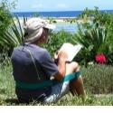 Sashado, l'assise nomade - <p>Surprenant par sa simplicité autant que par son efficacité, est une sangle-siège, conçue et fabriquée entièrement en France, vous permettant de vous asseoir par terre confortablement, en soulageant votre dos, et de profiter pleinement de vos pauses Nature.</p>
