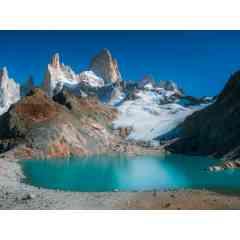 Voyage d'aventure en Patagonie - Découvrez un voyage unique & d'exception en Patagonie   L'itinéraire en Bref J2 à J4 : Partez pour un trek autour du Fitz Roy, montagne légendaire de Patagonie.   J5 et J6 : Découvrez un glacier comme jamais vous l'auriez imaginé ! Partez pour un trek, crampons au pied, sur la glace et découvrez le cœur gelé du Perito Moreno. Le lendemain, retrouvez-vous face à lui, en Kayak, et apprécié son mur de glace de 70 mètres de hauteur,   J8 à J11 : Découvrez l'incroyable parc de Torres del Paine en Patagonie Chilienne. Souvent cité comment étant le plus beau d'Amérique du sud, vous apprécierez vous déconnecter totalement du monde dans cet espace féerique.   J12 à J13 : Partez à l'assaut du mont Guanaco pour une vue époustouflante des Terres de Feu, le bout du monde et dernière région avant l'Antarctique. Vous surplomberez la mythique ville d'Ushuaïa !  Demandez-nous l'itinéraire complet et détaillé ! Pour plus d'infos rendez-vous sur notre site